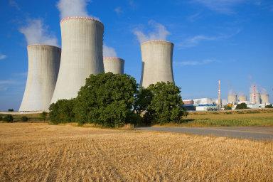 V dnešních dnech finišuje boj opodmínky výběrového řízení nadostavbu elektrárny vDukovanech. Hrad lobbuje, aby nebyly vyloučeny firmy z Ruska. Rosatom je technologicky jedním zfavoritů.