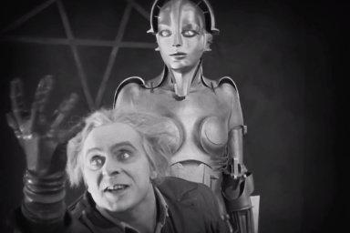 Vize budoucnosti. Téma soužití lidí s roboty se objevilo už v legendárním antiutopickém sci-fi Fritze Langa Metropolis zroku 1926.