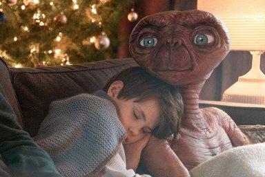 E.T. mimozemšťan ve vánoční reklamě britské společnosti Sky
