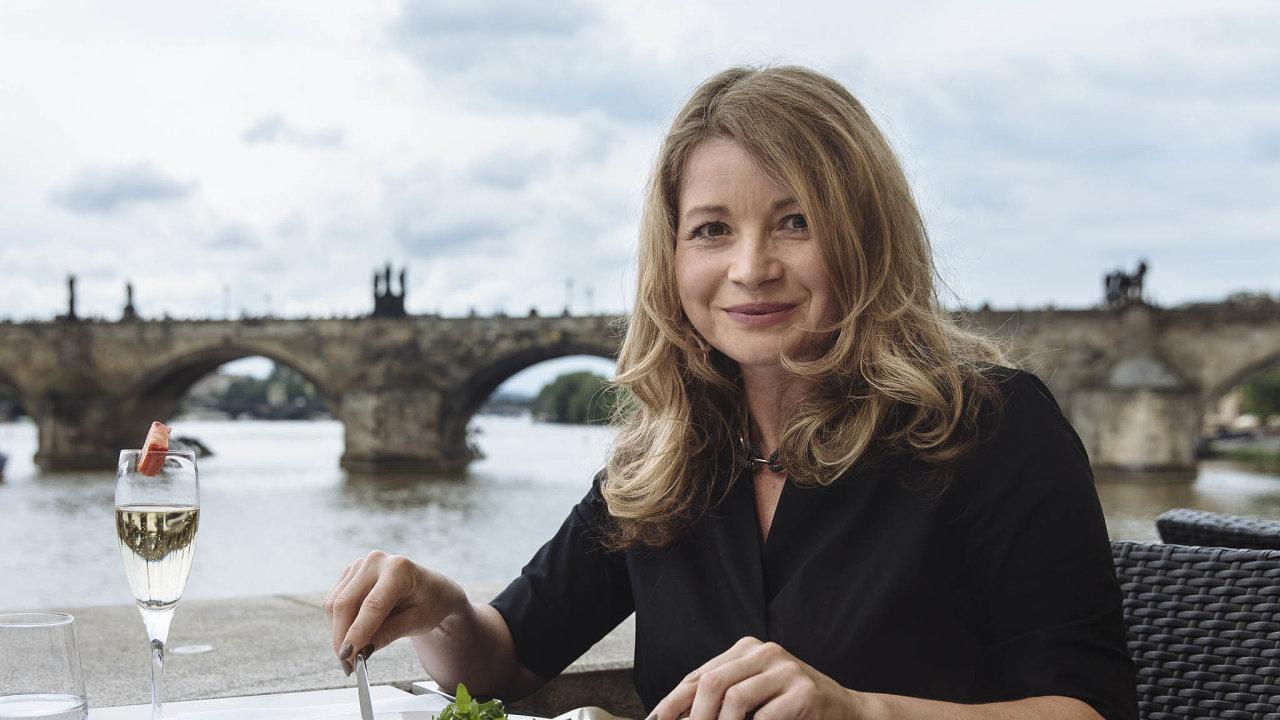 Monika Kristková, členka představenstva aředitelka divize Finance, Equa bank