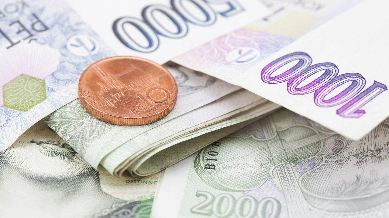ČBA kevčerejšímu dni registrovala přes 100 tisíc žádostí oodklady splátek.