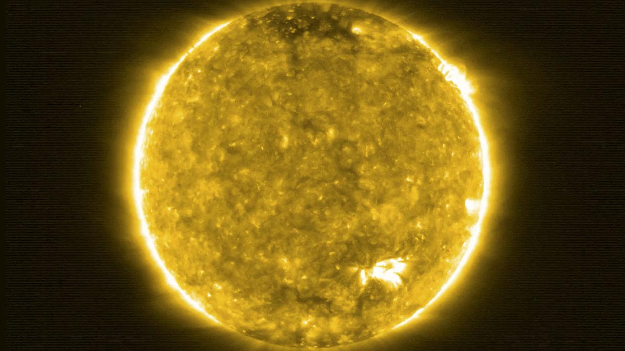 Slunce snímek ESA