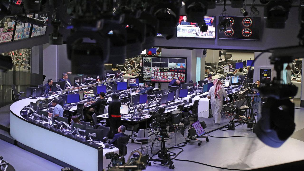 Katarská televize al-Džazíra je delší dobu trnem vpatě autoritářských režimů vPerském zálivu.