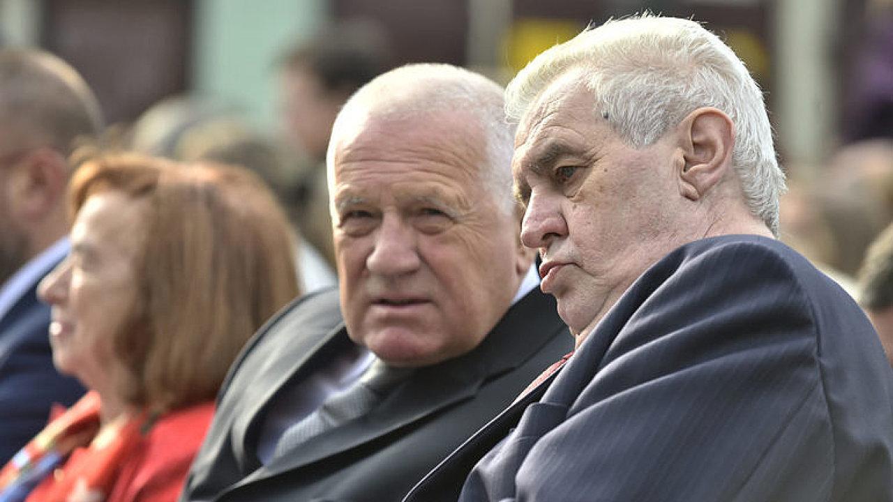 Dva české prezidenty spojuje kromě sympatií k Rusku i miliardový ruský dluh
