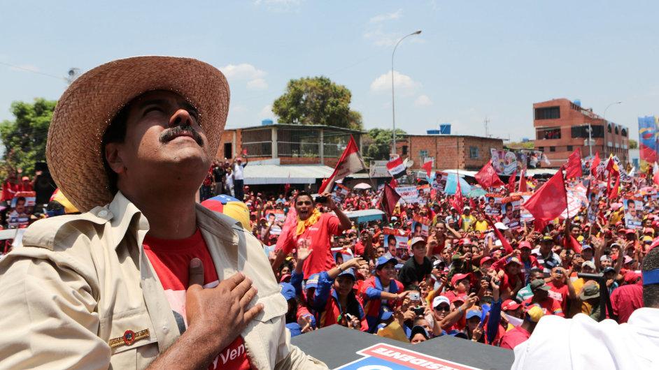 Venezuelu povede Maduro.