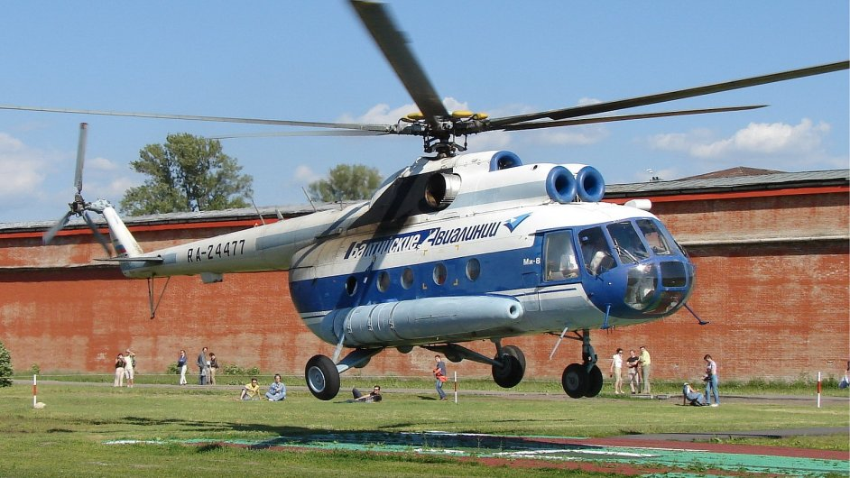 Vrtulník Baltic Airlines Mi-8