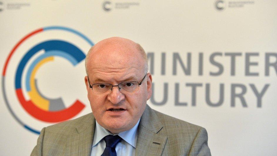 Tisková konference ministra kultury Daniela Hermana, 5. června