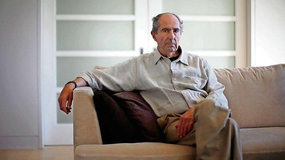 Philip Roth před čtyřmi roky ve svém bytě v New Yorku.