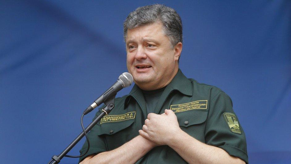 Ukrajinský prezident Petro Porošenko na návštěvě Mariupolu.