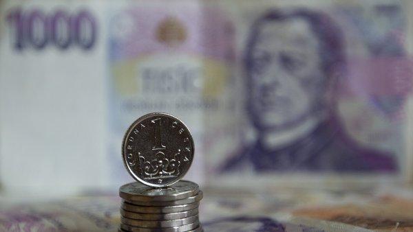 Koruna je vůči euru nejsilnější od intervence v listopadu 2013.