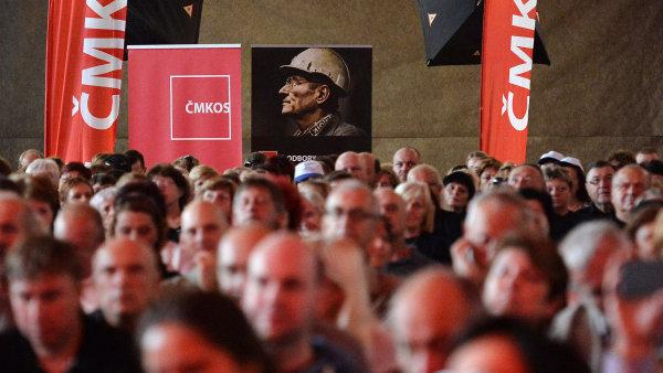 Čeští odboráři v boji za vyšší mzdy získají silného spojence.