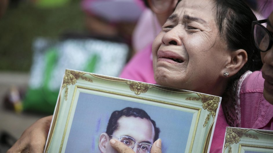 thajsko, smrt krále