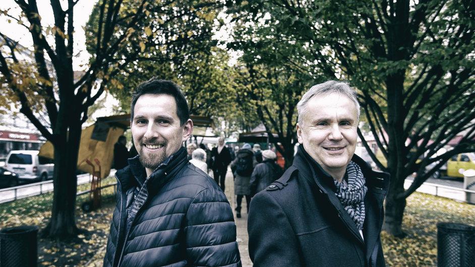 Badatelé Miroslav Vaněk a Pavel Mücke vyšlo do knihoven po celém světě další publikaci o studentských vůdcích z revoluce roku 1989.