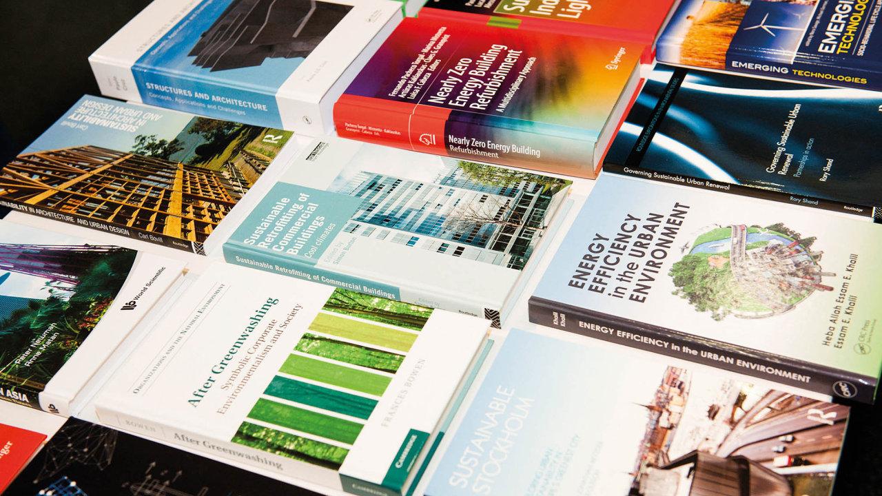 Poptávce po informacích vychází vstříc Národní technická knihovna, která ve spolupráci s Českou radou pro šetrné budovy buduje od roku 2015 specializovaný veřejně přístupný fond odborné literatury.