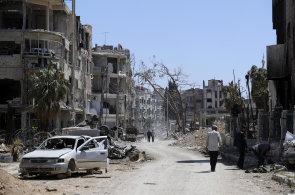 Zlikvidovali jsme rakety mířící na základnu v centru země, tvrdila Sýrie. Protivzdušnou obranu ale aktivoval planý poplach