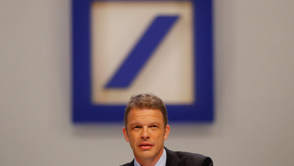 Výkonný ředitel Deutsche Bank Christian Sewing.