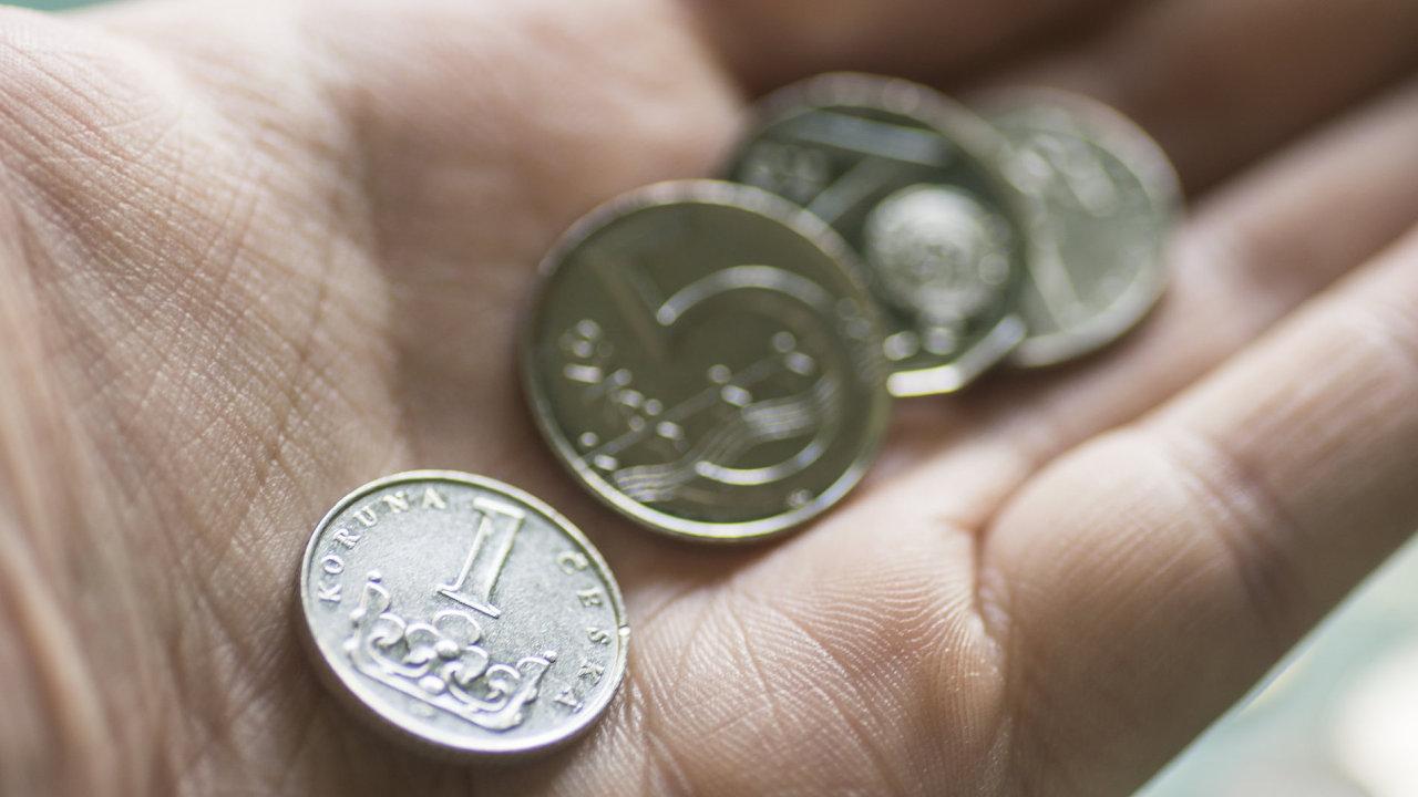 Ilustrační fotografie, koruna, měna, peníze, 2017