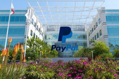 Tržní kapitalizace americké společnosti PayPal, která bývá považována zajednu zprvních anejvýznamnějších fintechových firem světa, vroce 2018 přesáhla 100 miliard dolarů.