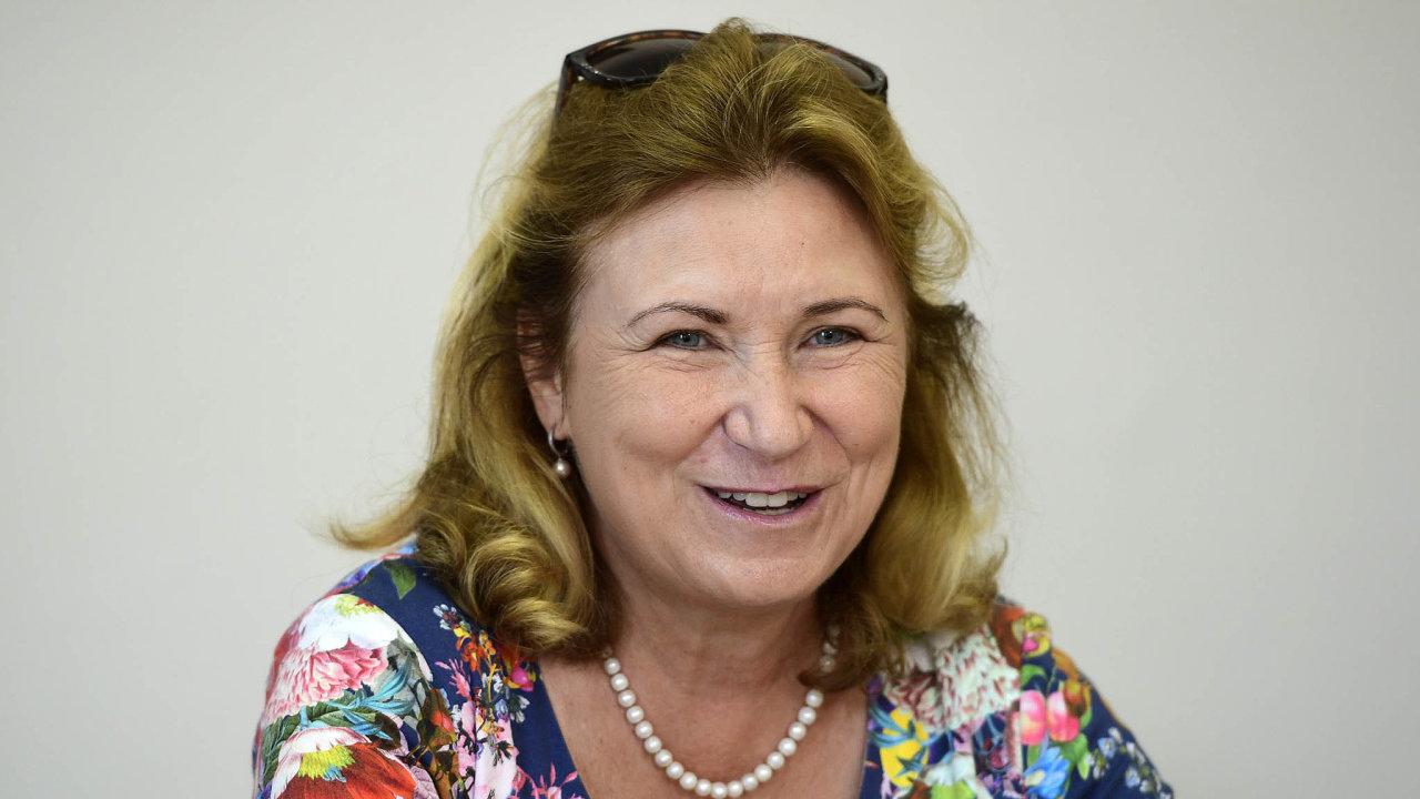 Předsedkyně Národní rozpočtové rady Eva Zamrazilová upozorňuje, že pokud se nezmění rozpočtová politika vlády, tím větší adražší bude řešení vbudoucnu.
