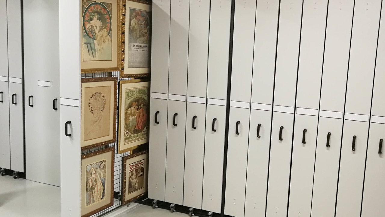 Depozitáře firmy Artex umožňují uskladnění většího, ale imenšího množství děl soukromých sbírek.