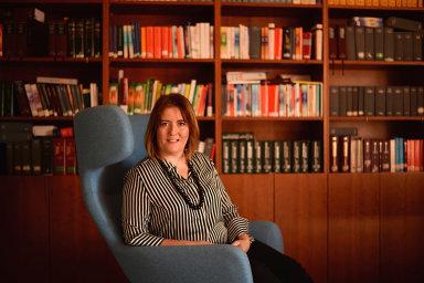 Lucie Kalašová působí jako advokátka zaměřená na poradenství v oblasti pracovního práva a ochrany osobních údajů. Trvale spolupracuje s advokátní kanceláří bpv Braun Partners.