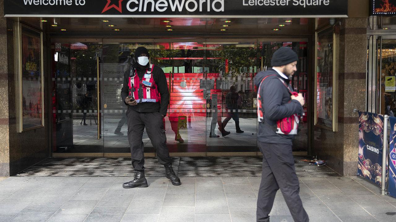 Nejméně dvouměsíční přestávka čeká i kino Cineworld vLondýně naLeicester Square.
