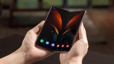 Samsung nabízí při koupi smartphonu QLED televizi za 1 korunu
