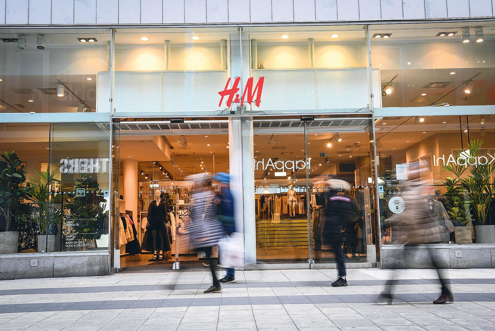 Švédský prodejce oděvů H&M zveřejní výsledky.