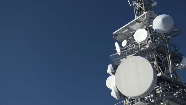 Telekomunika�n� v� (Ilustra�n� foto)