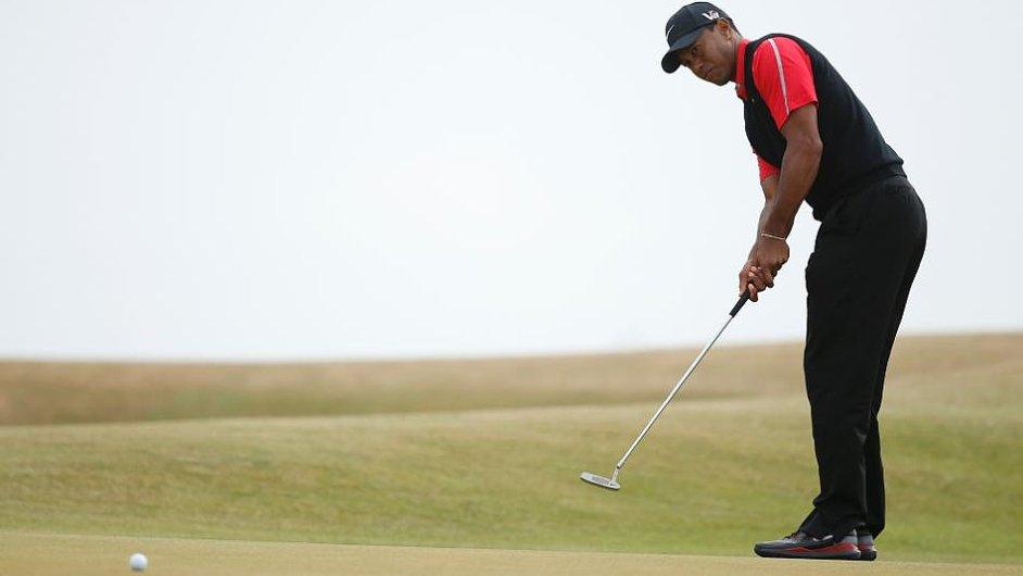 Tiger Woods rehabilituje po operaci zad