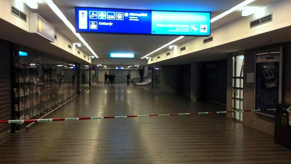 Část hlavního nádraží v Praze byla uzavřená