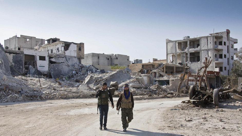 Zkoušené město: Syrské Kobani je sice osvobozeno, ale také téměř zničeno boji a nálety.