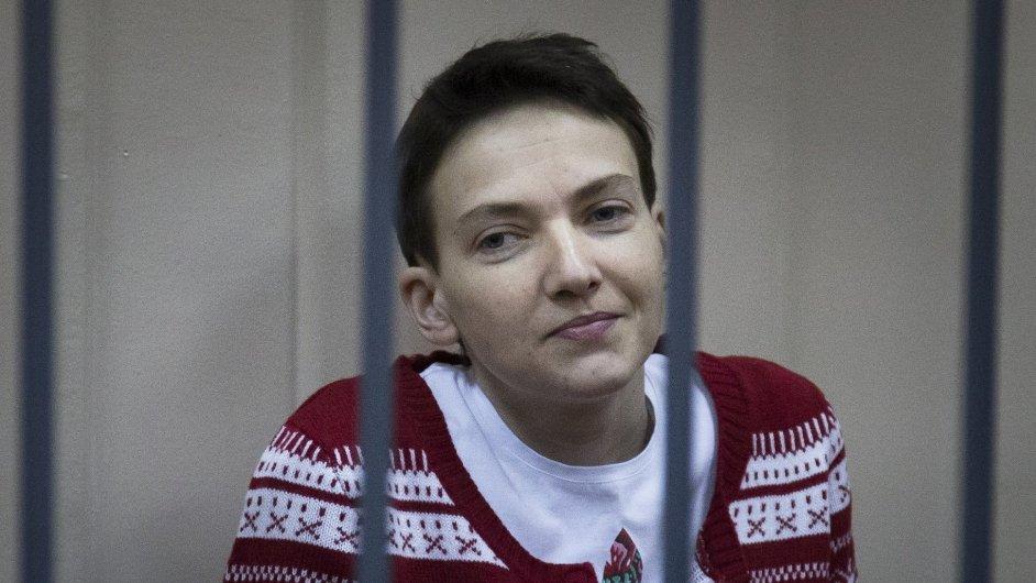 Česko vyzvalo Rusko k propuštění vězněné Ukrajinky Savčenkové