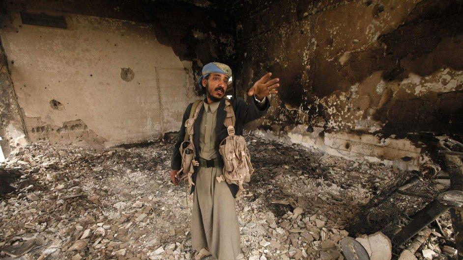 Zničená čtvrť v Saná