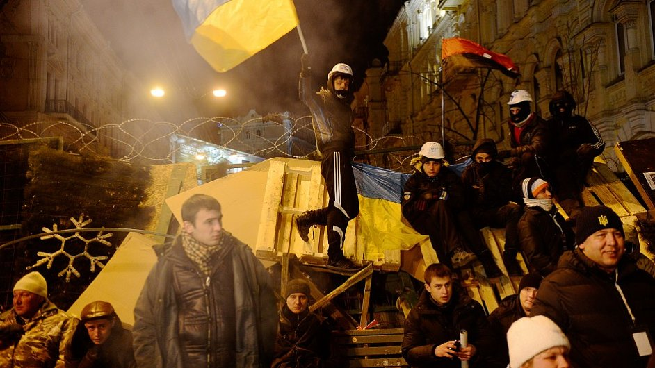 Začátek, Kyjev, Ukrajina, zima 2013 FILIP SINGER (EPA)