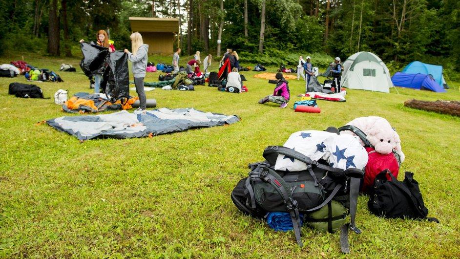 Po čtyřech letech od útoku Anderse Breivika se na norský ostrov Utoya vrátila mládežnická organizace Strany práce.