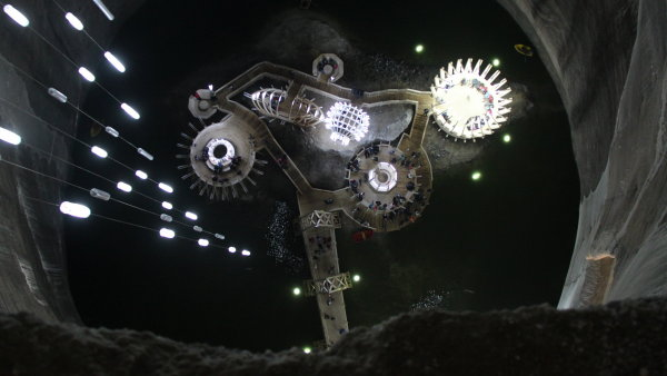 Salina Turda je rumunský důl starý přes dva tisíce let.
