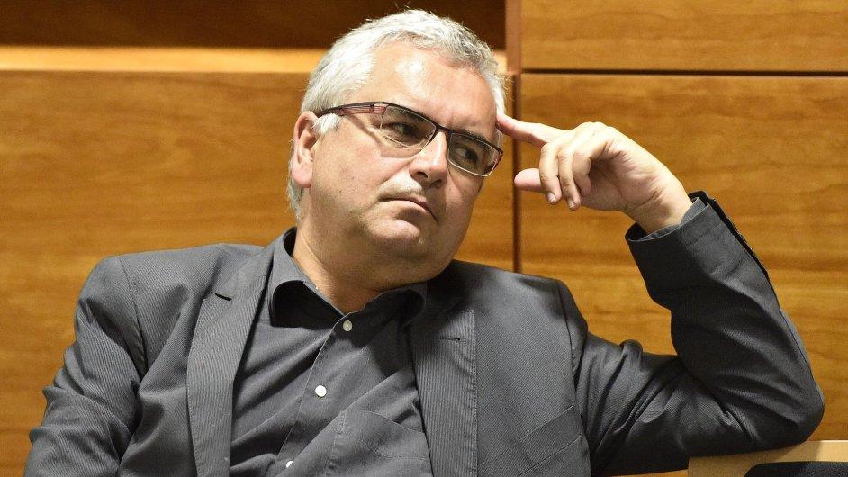 Kárný senát Nejvyššího správního soudu začal projednávat kárnou žalobu na soudce Miloše Zbránka.