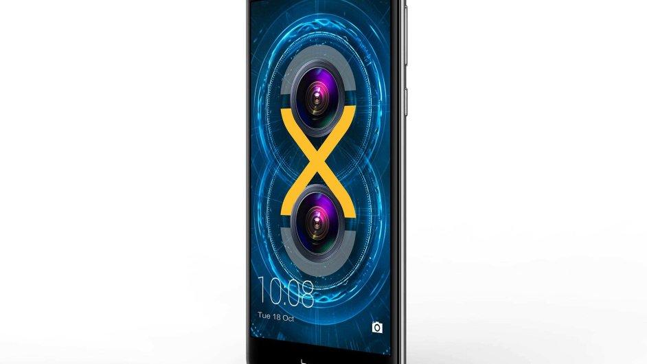 Honor 6X má už tradičně FullHD displej súhlopříčkou 5,5 palce