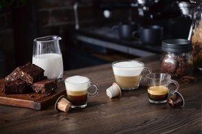 Kávové novinky: Nespresso se inspirovalo baristickým uměním a představilo nové směsi i kávovar pro latté art