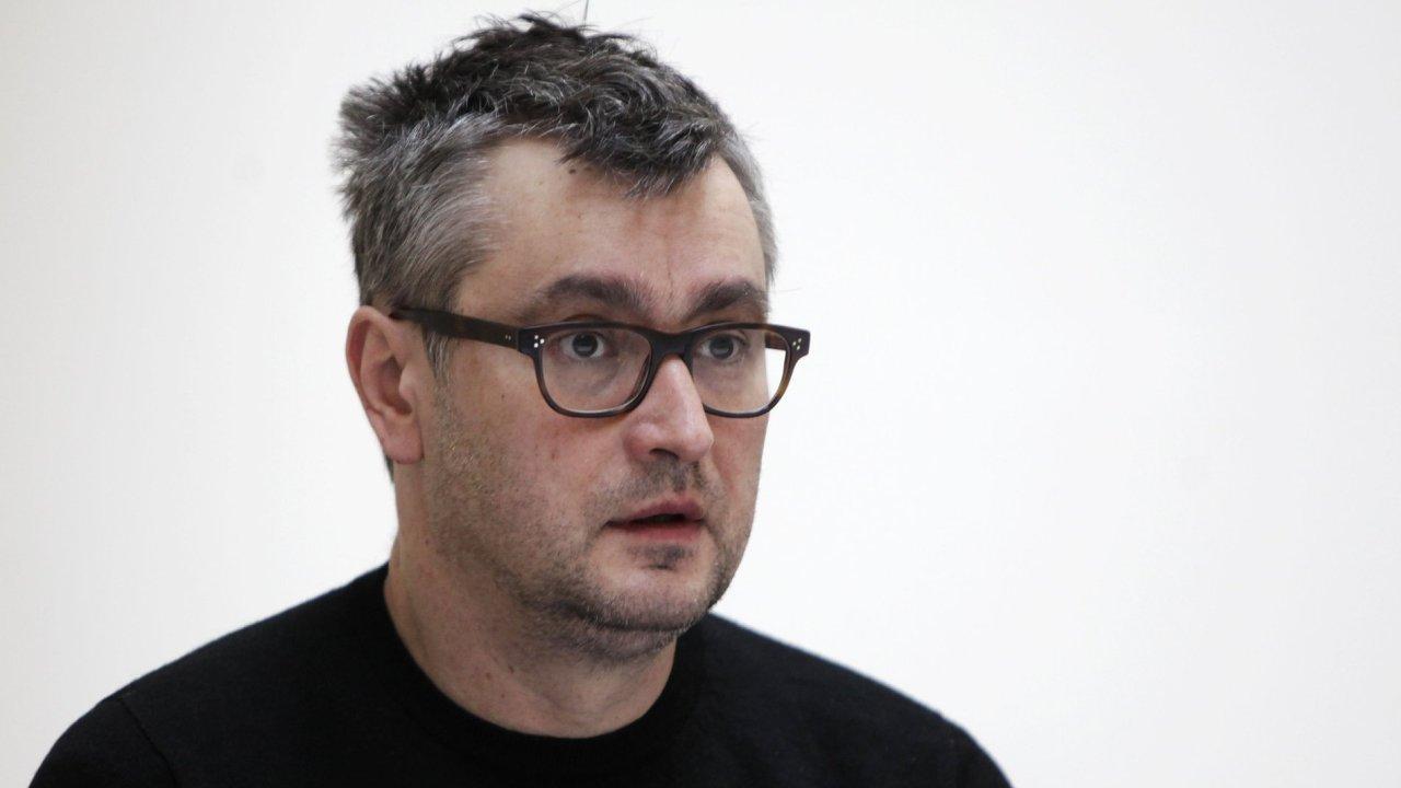 Zatím poslední vydanou knihou Tomáše Pospiszyla (na snímku) je letošní monografie performera Vladimíra Ambroze.