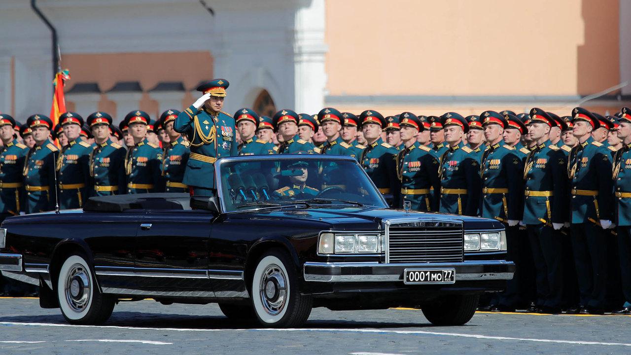 Velká vojenská přehlídka na Rudém náměstí v Moskvě se stala vrcholem ruských oslav letošního 73. výročí konce druhé světové války.