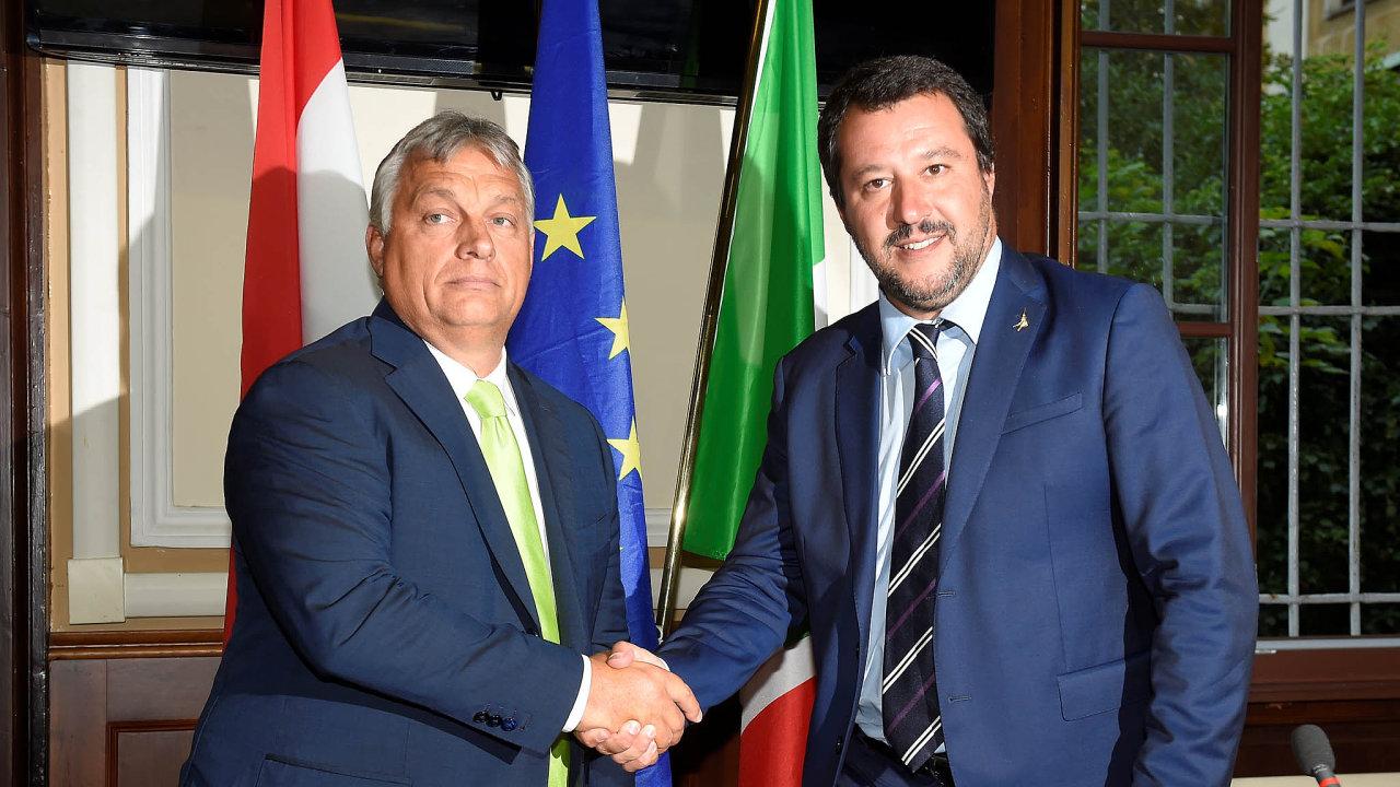 V úterý byl vItálii na návštěvě maďarský premiér Viktor Orbán. Ten se nesešel sitalským premiérem, ale sministrem vnitra Matteem Salvinim. Téma? Migrace.