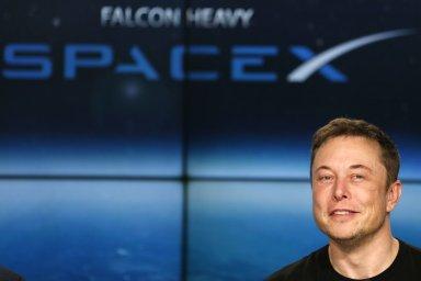 Náklady na výrobu rakety Super Heavy budou podle Musku nižší než na výrobu Falcon 9.