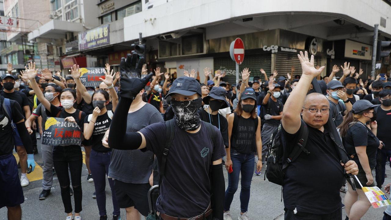 Hongkongské protesty proti Číně.