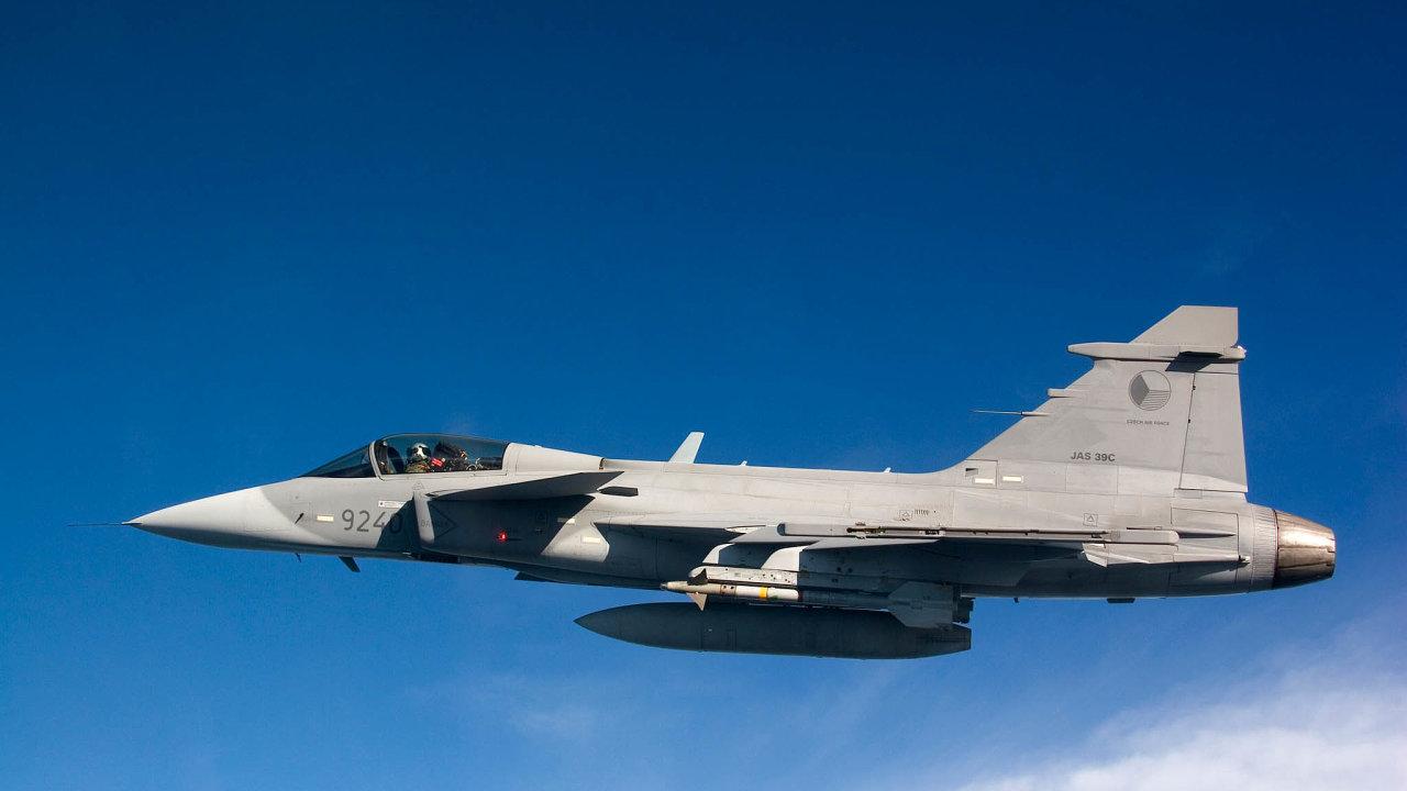 Slovenská vláda rozhoduje, jaké nadzvukové letouny mají nahradit dosluhující ruské stroje. Jednou z možností jsou gripeny – ty má ve výzbroji i česká armáda.