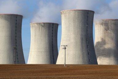 Zastánci jádra se rovněž obávají, že přeměna švýcarské energetiky s důrazem na obnovitelné zdroje bude velice nákladná.