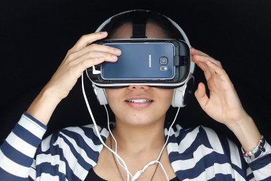 Vizuální vychytávky v mobilu se náhradou televizních obrazovek nestanou.