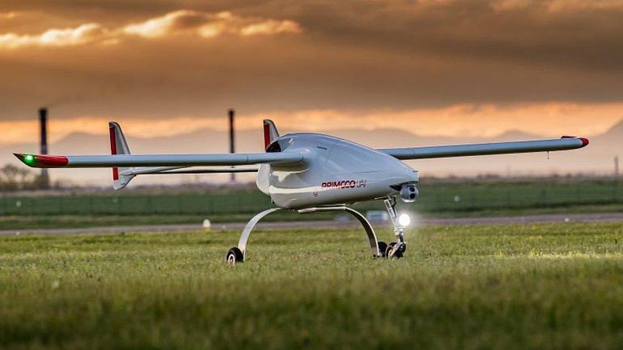 V Radotíně vyrábějí drony za miliony: Říkám jim létající traktory, líčí Semetkovský