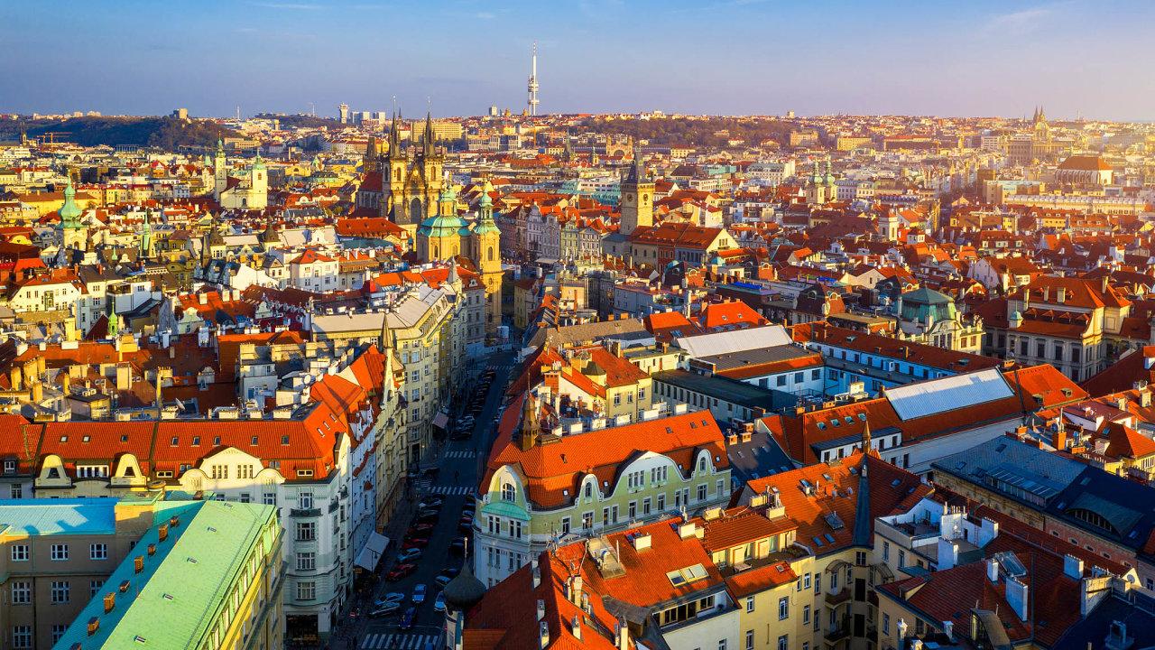 Nákladné bydlení. Praha řeší dlouhodobě vysoké ceny zabydlení. Izaprůměrný byt vširším centru dělá nájem přes 20 tisíc korun měsíčně.